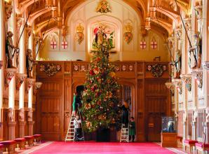 20-foot Christmas Tree unveiled at Windsor Castle