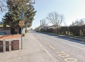 Heavy lorries banned on Oakley Green Road