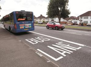 Councillors debate petition against 'half-baked, ill-thought-out and dangerous' A4 bus lane