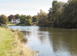 Campaigners resurrect plans to build footbridge over River Thames between Wargrave and Shiplake