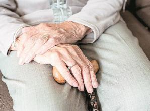 Council promises 'never again' after splitting couple of 59 years