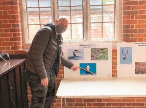 TV chef Tom Kerridge visits Marlow photo exhibition