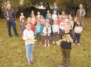 Louis Baylis Trust donation helps boost Twyford community bulb planting project