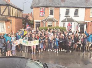Boyn Hill residents brave elements to welcome home Olympic medallist Moe Sbihi