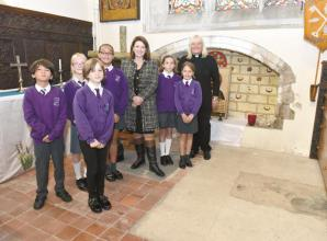 MP Joy Morrissey shows support for project improving recognition of Lord William Grenville