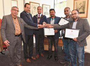 Mayor's praise for Sri Lanka Muslim Association's fundraiser