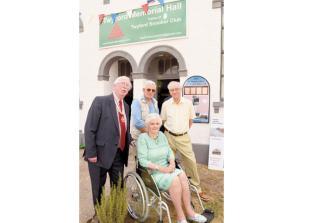 Twyford charity fundraiser in memory of Gordon Storey raises more than £3,000