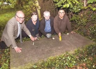 Star-gazers tidy up gravestone of astronomer William Lassell