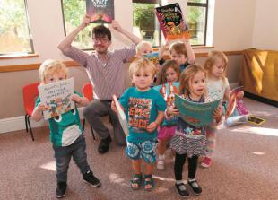 'Little yellow cupboard' library comes to Twyford