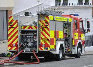 Mirror warning issued after sunlight reflection sparks bedroom fire in Altwood