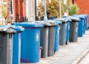 Royal Borough weekly black bin petition reaches 2,000 signatures