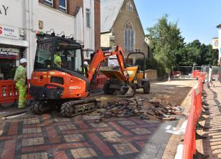 Council works on King Street hit by early problems
