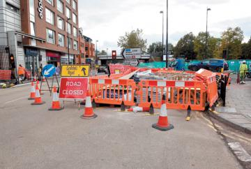 Queen Street right-hand turn ban set to remain