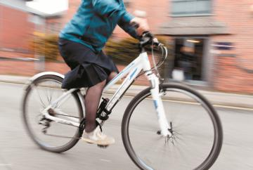 Thames Valley Police supports cycle safety initiative